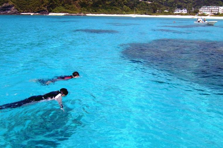 [나하출발/페리OR고속선선택/점심포함]오키나와 본섬의 숨겨진 명소 !! 토카시키섬 토카시쿠 비치 바다거북이 투어!! (점심포함)