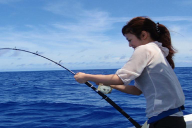 沖縄海釣り・船釣り体験!