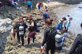 [해변에서 포인트까지 이동] 푸른동굴 해변 체험다이빙